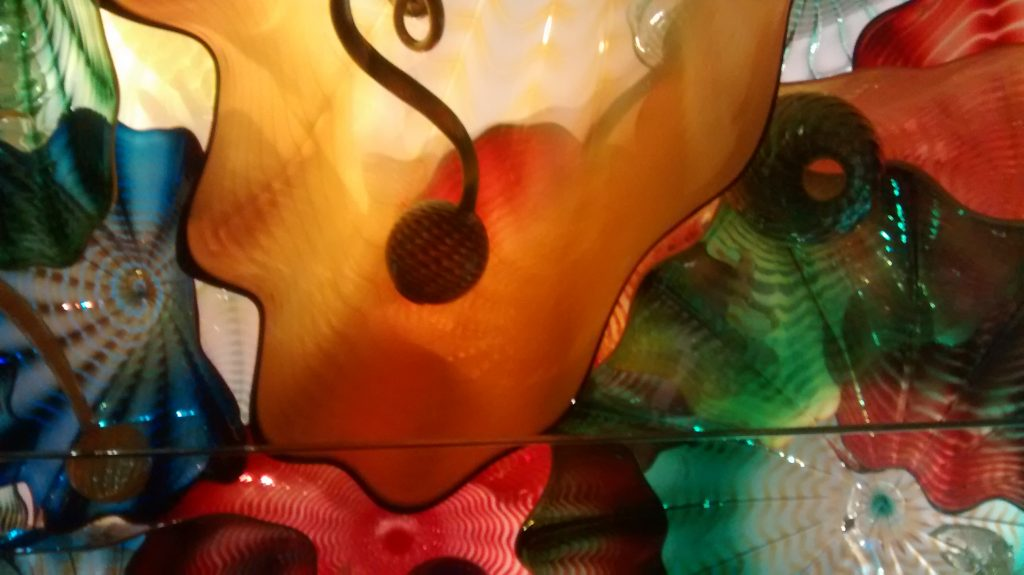 chihuly ceiling 1