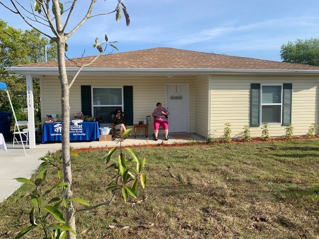 gratitude, habitat for humanity new homeowner and house